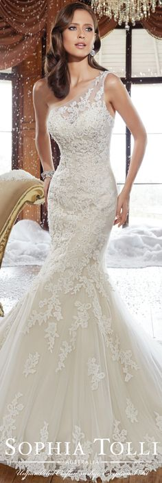 The Sophia Tolli Fall 2015 Wedding Dress Collection - Style No. Y21501 sophiatolli.com #laceweddingdress