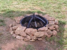 field rock fire pit idea | Find simple design ideas for building a backyard fire pit from DIY ...