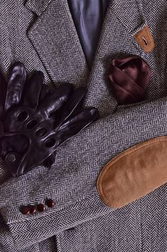Ready for Fall/Winter: My English Tweed Hunting jacket Driving Gloves Pocket Square….