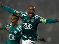 Jogadores do Palmeiras após vencer o Coritiba na final do Brasileirão