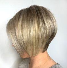 Bob Haircut For Fine Hair, Bob Hairstyles For Fine Hair, Inverted Bob Hairstyles, Retro Hairstyles, Pixie Haircut, Shag Hairstyles, Wedding Hairstyles, Short Stacked Bob Haircuts, Short Bobs