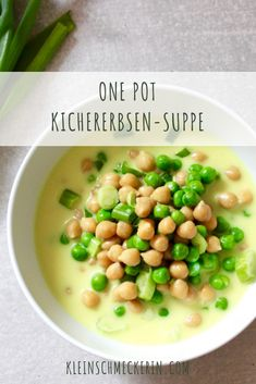 Quick chickpea soup - the Schnelle Kichererbsen-Suppe – Die Kleinschmeckerin Super fast and nutritious vegan chickpea soup. It also tastes great to children. A perfect dish for stressful everyday life. Chickpea Soup, Vegan Soup, Vegetarian Breakfast, Vegetarian Recipes, Healthy Recipes, Vegetable Protein, Healthy Sandwiches, Eating Habits, Quick Meals