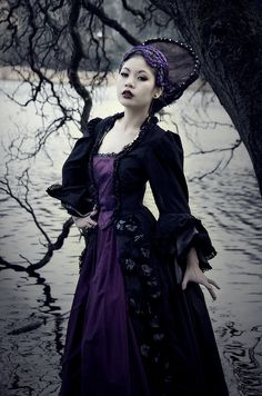 Witch of the Waters    Model: Shigure X Core  Hair Stylist: Adelle Barlow  Make-Up Artist: Sarah Vaites