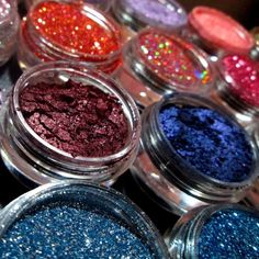 SYN Cosmetics Pigments & Glitters $10 off $30 is BACK for the weekend  _________  SynCosmetics.com  _________  SynCosmetics.com  _________ ❣❣❣ ______ Get $10.00 off orders over $30.00 plus free shipping with code: 10off ______ ❣ SHOP ---> syncosmetics.com   link in Bio