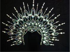 Da NeeNa H020A Showgirl Vegas Cabaret Crown Tiara Crystal Headdress