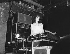 New Order: Gillian Gilbert, photo by Eugene Merinov, NYC 1981 Music Icon, Art Music, Music Artists, Gillian Gilbert, Ian Curtis, Female Hero, Gothic Rock, Joy Division, Joy Of Life