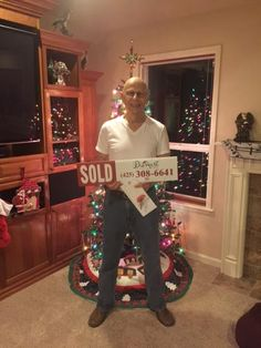 Congratulations Larry on getting the keys to your new home! Just in time for the holidays! We had the best time working with you and your family to find the perfect home and we did it! Thank you!!  #DiemertPropertiesGroup #HappyBuyer #JustSold