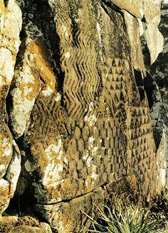 The Great Hexagon Panel, Santa Catarina, Campeche island, Brasil Ancient History, Art History, Chauvet Cave, Art Sites, Ancient Artifacts, Ancient Civilizations, Tribal Art, Art Google, Rock Art