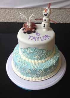 Olaf and Sven from Frozen 2 tier cake