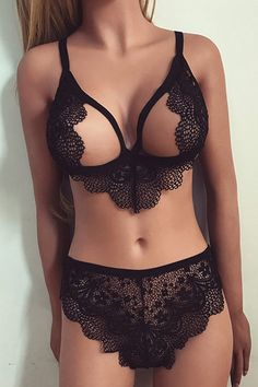 Black Cut Out Lace Lingerie Set - US$13.95 -YOINS