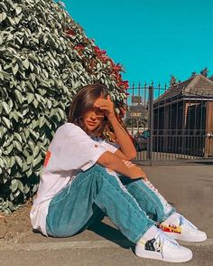 Edgy Outfits, Mode Outfits, Cute Casual Outfits, Fashion Outfits, Nike Fashion, 70s Fashion, Streetwear Fashion, Fashion Shoes, Skater Girl Outfits