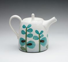 Turquoise Stem Teapot by dahlhaus on Etsy from dahlhaus on Etsy. Saved to Coffee or Tea anyone? Chocolate Pots, Chocolate Coffee, Teapots And Cups, My Cup Of Tea, Tea Service, Pottery Painting, Ceramic Pottery, Tea Set, Tea Time
