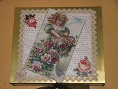 oben Frame, Home Decor, Wrapping Gifts, Room Decor, Frames, Home Interior Design, Hoop, Home Decoration, Interior Decorating