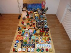 rubiks-cube-die-hard-fan-tableful-of-collection