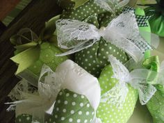 craft Ivy Leaf, Leaves, Ornaments, Green, Crafts, Manualidades, Decorations, Craft, Crafting