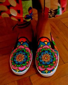 Mandala   painted shoes/ zapatillas pintadas  https://www.facebook.com/pages/Viva-La-Vida/723656094337078?fref=ts