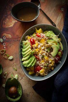 Snelle rijstsalade en eten 'uit de koelkast' http://simoneskitchen.nl/snelle-rijstsalade-en-eten-uit-de-koelkast/