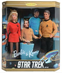 Star Trek Barbie and Ken dolls. One of my favorite Barbie doll set. Barbie Und Ken, Barbie World, Mattel Barbie, Barbie Barbie, Star Trek Original Series, Star Trek Series, Barbie Collection, My Collection, Gi Joe