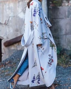 Now Trending // Floral abaya style overcoats…