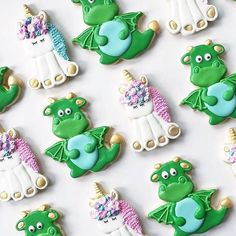 It's a dragons and unicorns kind of day! @bakedonbrighton made these cuties with our cutters, and I love them! #purplecutters #cookiecutters#decoratedcookies #Repost @bakedonbrighton ・・・ If I had brick and mortar bakery (maybe someday!?) these unicorns and dragons would be in the case everyday. I mean they are #thecutest right? These were made for a unicorn and dragon twin first birthday party. So adorable! I just love these cutters - both are from @bobbiscookies and they go perfectly…