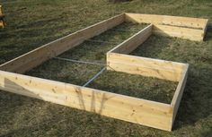 If you want to protect your plants or just improve the look of your garden, elevated garden beds can be a very good investment. They offer you a unique way for your plants to stay safe and at the same time, you also get to have the joy of viewing them grow. That can be an incredible experience, and one that you will enjoy and appreciate quite a lot all the time. With so many types of plants out there, it seems that it can be tricky to create elevated garden beds. But we are here to show that…