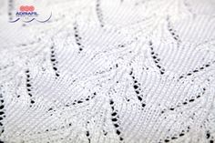 #Detail of Diana #pullover from Dritto & Rovescio #magazine 52... free #pattern at the following link! http://www.adriafil.com/html/img/riviste/mag52/modelli/file_istruzioni/uk/D&R52dianaENGleaf.pdf.pdf #tricot #knit #tricoter #knitting #maglia #summer #estate #été