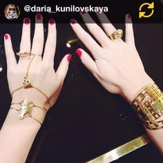 Amazing @daria_kunilovskaya wearing Pop Food jewels   (en Glenda López Jewelry Design Studio)