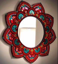 Mosaic Artwork, Mirror Mosaic, Mosaic Glass, Glass Art, Mirror Painting, Dot Art Painting, Mandala Painting, Mirror Artwork, Mosaic Crafts