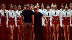 Kendall Jenner is middelpunt van aandacht tijdens D&G show | Lifestyle | NU.nl - Voor het laatste nieuws