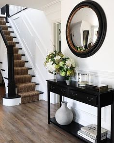 The moment when you realise your Interiors colour palette matches your Wardrobe colour palette. These hallways… Hallway Decorating, Interior Decorating, Interior Design, Black And White Hallway, Black White, Hallway Colours, Stairs Colours, American Interior, Staircase Makeover