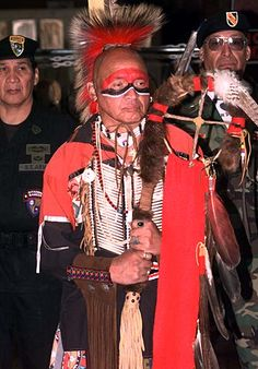 Abenaki Tribe - Roach (headdress) - Wikipedia, the free encyclopedia