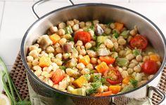 Ρεβύθια με λαχανικά στην κατσαρόλα