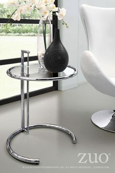 Zuo Eileen Gray Side Table Clear Glass   401138. One Of The True Modern  Classics