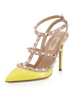 X2F28 Valentino Rockstud Patent Sandal, Naples Yellow/Poudre