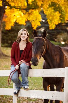 senior-photos-with-horse-14.JPG
