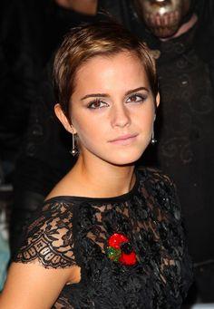 La coupe garçonne courte d'Emma Watson
