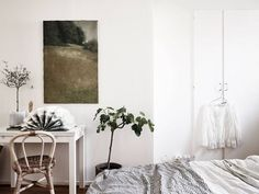 Only 27 sqm! So tiny! Can you imagine? But dreamy and charming in the same time.         stadshem The post Uber dreamy tiny studio apartment appeared first on Daily Dream Decor.