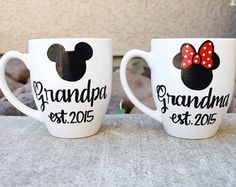 Pregnancy announcement mugs // Grandma and Grandpa Coffee mugs // disney coffee mugs // new grandparents gift Looking for a cute and fun way to announce your pregnancy? Can be customized to re Disney Pregnancy Announcement, Baby Shower Announcement, Baby Announcements, New Grandparent Gifts, New Grandparents, Disney Gender Reveal, Disney Maternity, Disney Coffee Mugs, Pregnancy Looks