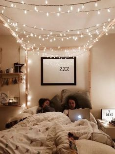 dream rooms for girls teenagers \ dream rooms . dream rooms for adults . dream rooms for women . dream rooms for couples . dream rooms for adults bedrooms . dream rooms for girls teenagers Teenage Room Decor, Bedroom Ideas For Teen Girls, Teenage Girl Bedrooms, Bedroom Girls, Teen Rooms, College Bedrooms, Teenager Rooms, College Walls, Tween Girls