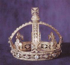 Regina vittoria su pinterest anna bolena re enrico viii for Tiara di diamanti