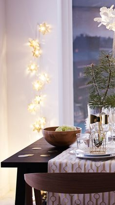 Bring some brightness to your home this holiday with our shiny range of white and golden decorations. Featuring beautiful IKEA lights, holiday decor and table settings so that your family and friends can enjoy the season together.