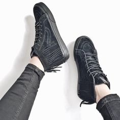 Vans Suede Sk8-Hi Moc Sneakers •Sk8 Hi Sneakers with moccasin-inspired fringe and suede upper.  •Women's size 7, True to size.  •New in box with tag. NO TRADES/PAYPAL. Vans Shoes Sneakers