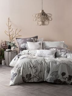 QUILT COVERS ARI CHALK QUILT COVER SETS QUEEN