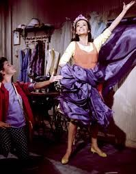 Natalie Wood in West Side Story, 1961 Natalie Wood, Golden Age Of Hollywood, Classic Hollywood, West Side Story 1961, Richard Beymer, Latest Hollywood Movies, Child Actresses, I Feel Pretty, New Print