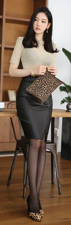 A classe das executivas num estilo muito fashion para todos os gostos... Luxe Women Design Model Fashion Style.