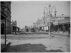 Cable tram terminus at Moreland Road (cr Sydney Road)  Brunswick, c. 1900. Photographer: Gabriel Knight. Lovely photo. State Library of Victoria Image H87.52/157.