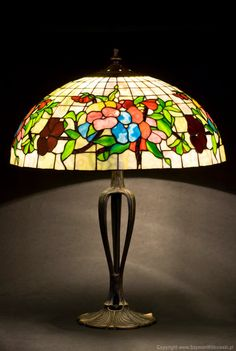 Tiffany lampshade stained glass. Table lamp. Tiffany by WPworkshop