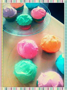 Bubble Gum, Cotton Candy, Orange Cream, Mint Chocolate and White Chocolate Raspberry flavored cupcakes