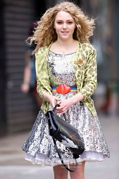 AnnaSophia Robb as Carrie Bradshaw for The Carrie Diaries style. Sequins, sparkles, leopard print... score!