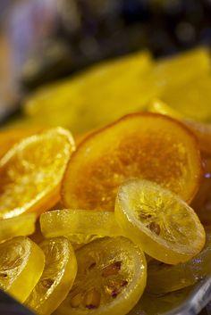 Mmmh les fruits confits que l'on retrouve sur le gâteau des rois provençal pour l'épiphanie... un vrai régal !